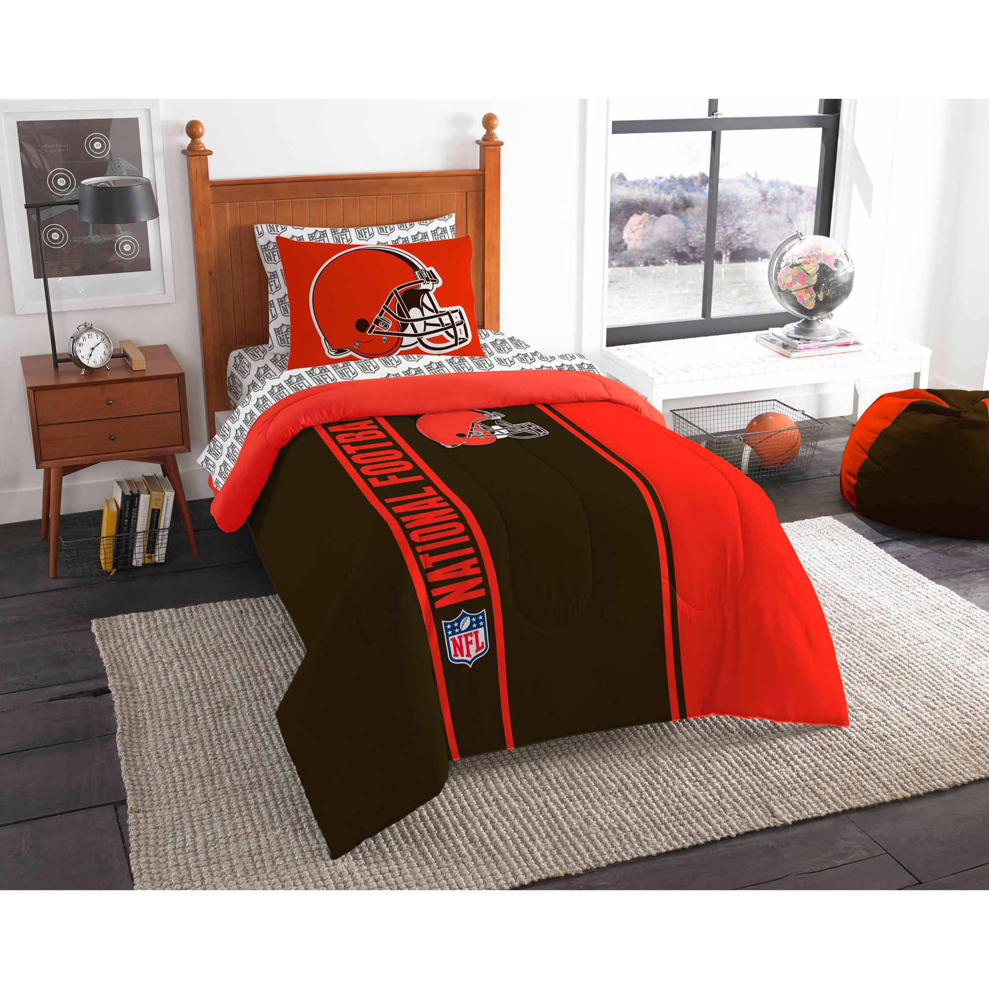 NFL Cleveland Browns Soft and Cozy Bed in a Bag Complete Bedding Set