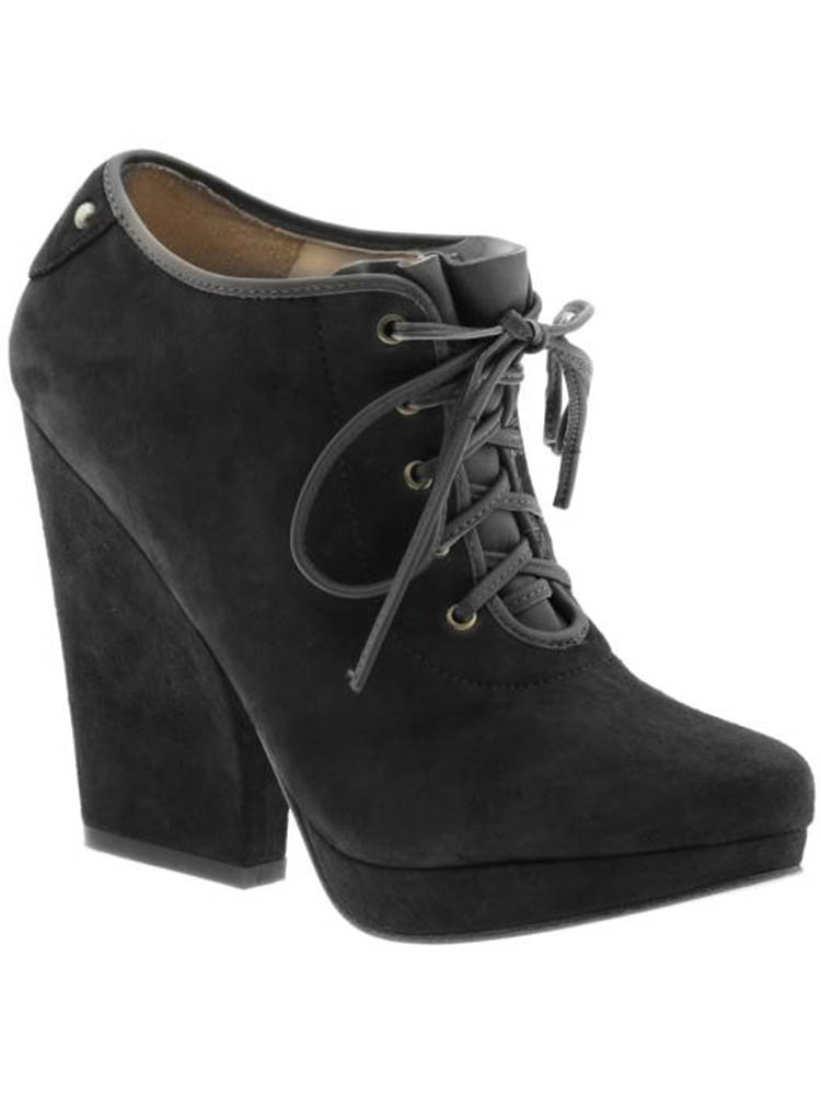 Boutique 9 Women's Valry Ankle Wedge Bootie