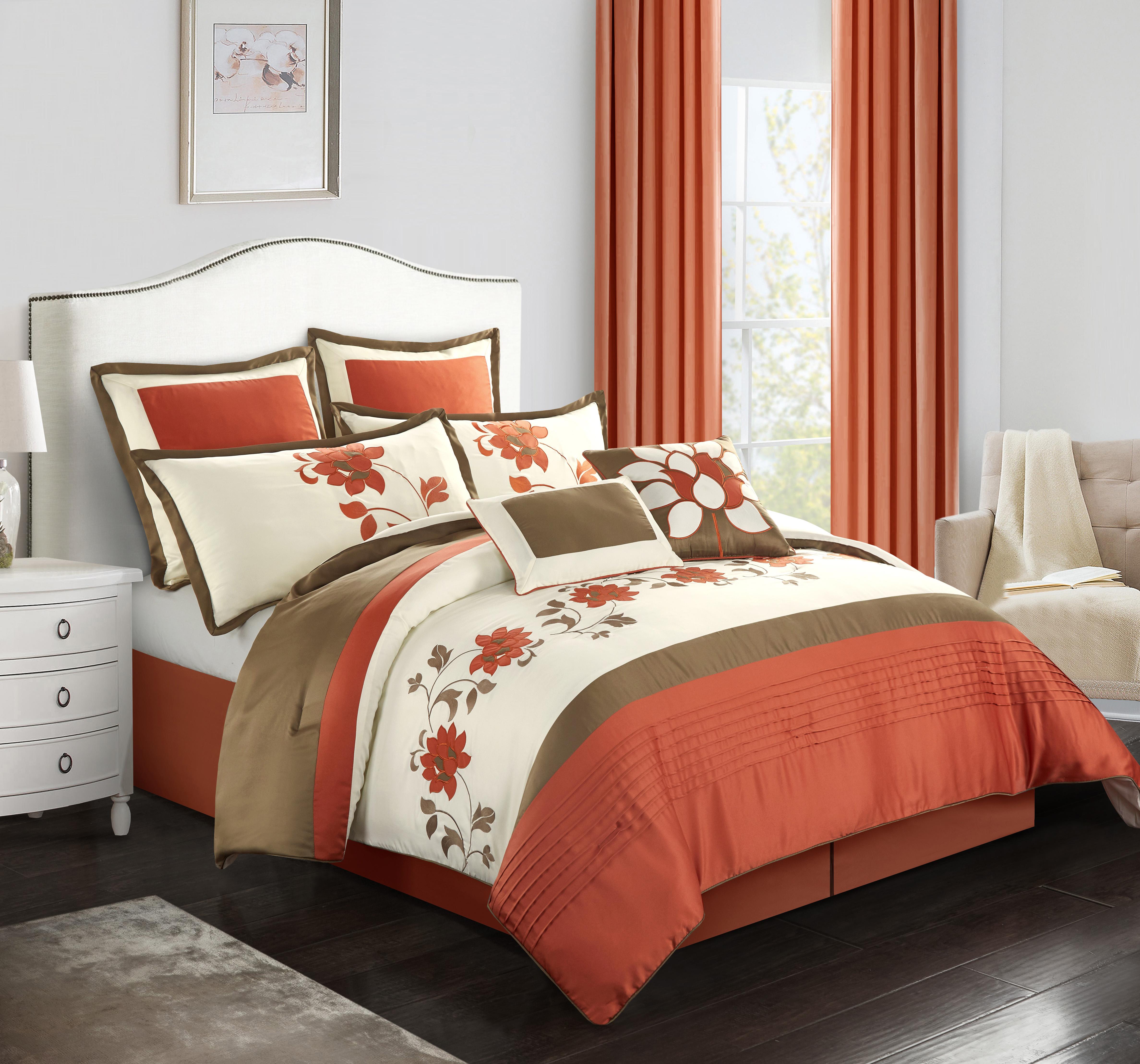 Stratford Park by Nanshing MacKenzie 8-Piece Bedding Comforter Set