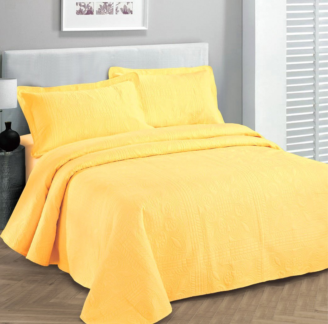 Fancy collection 3pc Bed Spread Embossed Bedsocover Solid Over size King / California king Yellow New