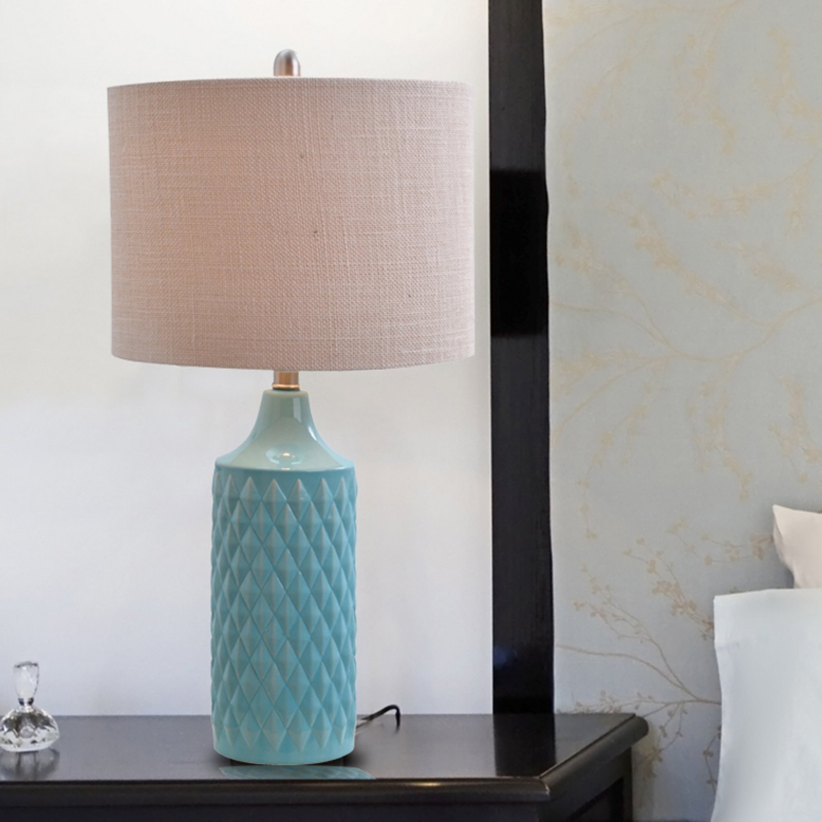 Catalina Lighting 3-Way Quilted Ceramic Table Lamp with Natural Linen Drum Shade by Evolution Lighting LLC