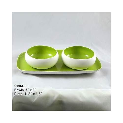 Ceramic Bowls and Plate in Green - Set of 4