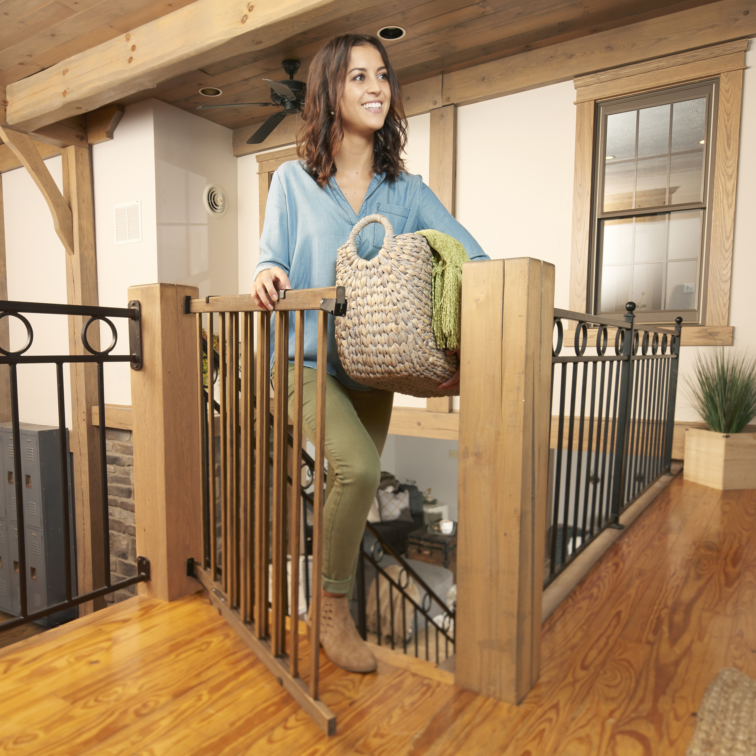 Evenflo Farmhouse Collection Walk Thru Top Of Stairs Gate