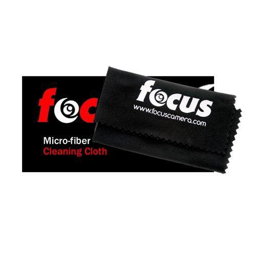 Canon EF 28mm f/1.8 USM Wide Angle Lens for Canon SLR Cameras + Tamrac Lens Case (Black) + Accessory Kit