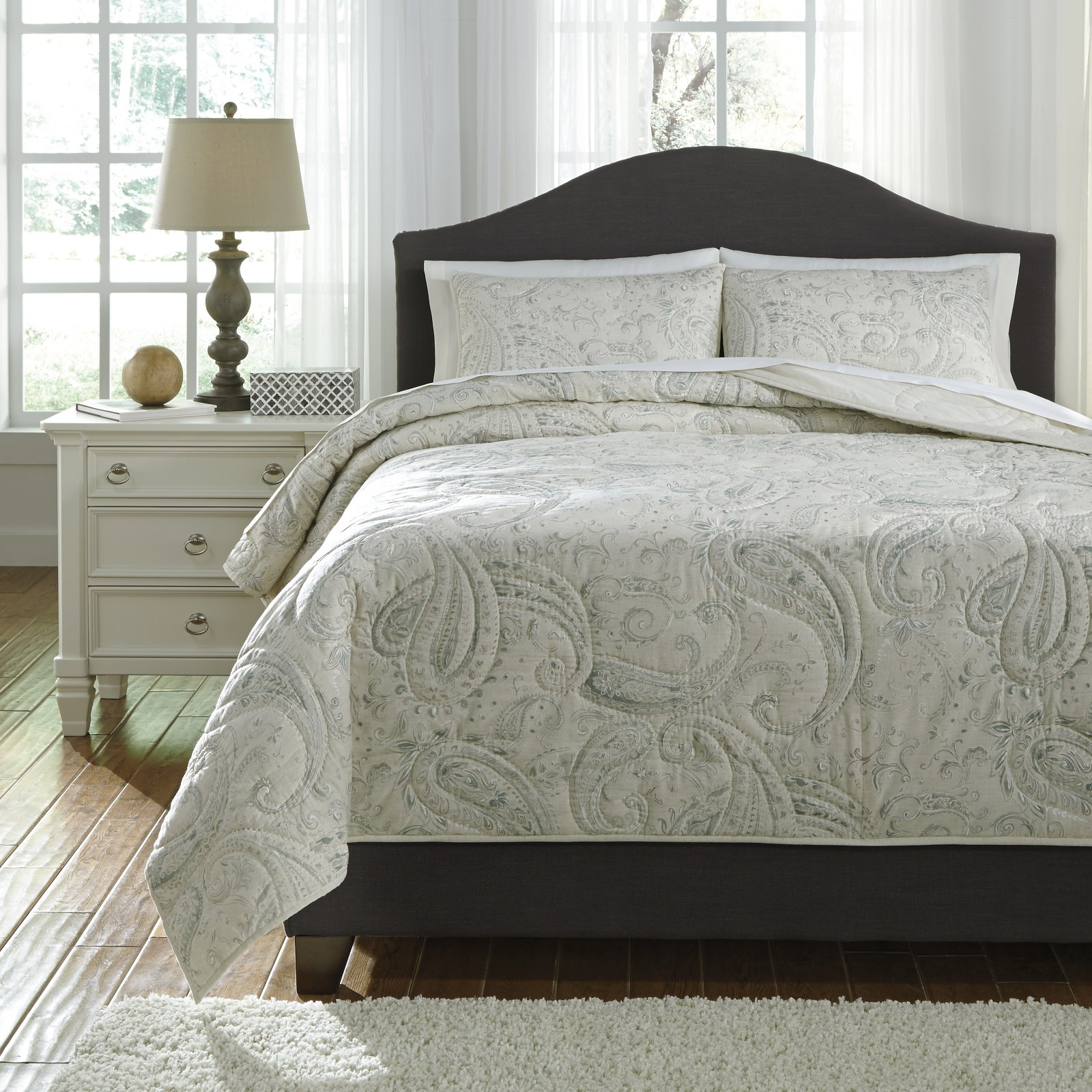 Darcila 3 Piece Coverlet Set by Signature Design by Ashley by Ashley Furniture