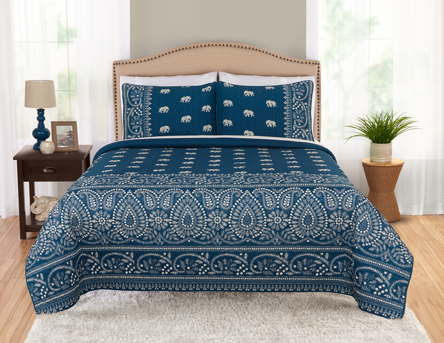 Click here to buy Better Homes and Gardens Banded Medallion Quilt & Sham Set by Beco Industries.