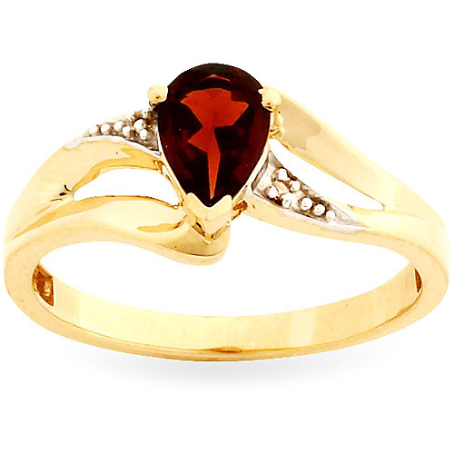 Simply Gold Gemstone 7x5mm Pear-Shaped Garnet and Diamond Accent 10kt Yellow Gold Ring, Size 7 by