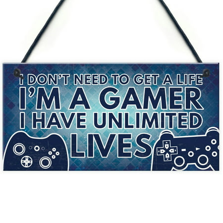 Gamer I'M A GAMER Best Friend Gift Novelty Birthday Hanging Plaque