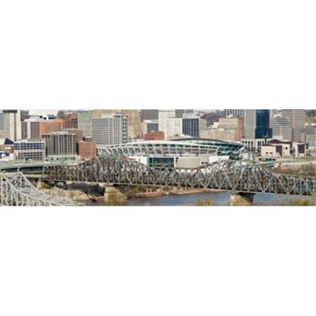 Images panoramiques PPI125113L pont sur une rivi-re Paul Brown Stadium de Cincinnati Hamilton County Ohio Etats-Unis d'impression de l'affiche par images panoramiques - 36 x 12 - image 1 de 1