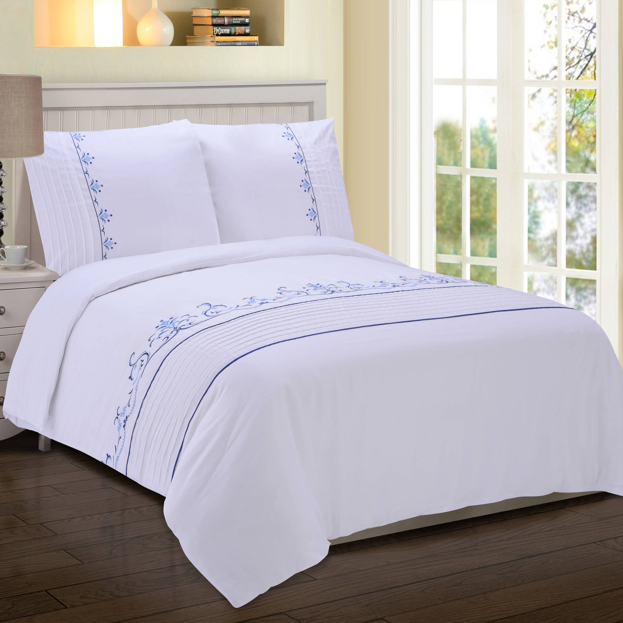 Superior Sofia 300-Thread-Count Cotton Sateen Embroidered Duvet Cover Set