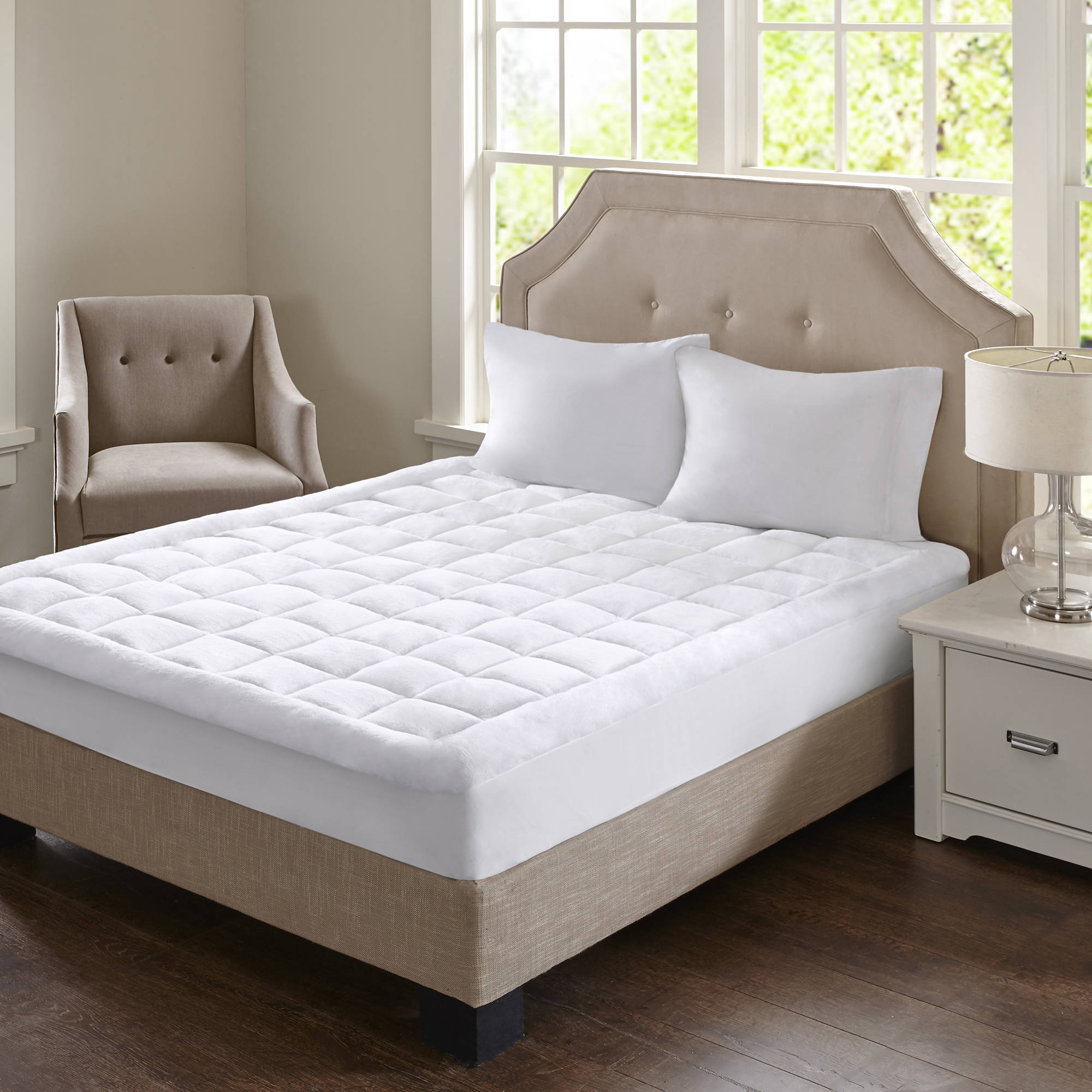 Home Essence Heavenly Soft Overfilled Plush Waterproof Mattress Pad by E&E Co.