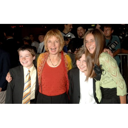 Director And Writer Jane Anderson At Arrivals For The Prizewinner Of Defiance Ohio Premiere Loews Lincoln Square Theater New York Ny September 19 2005 Photo By Brad BarketEverett Collection Celebrity - Defiance Ohio Halloween