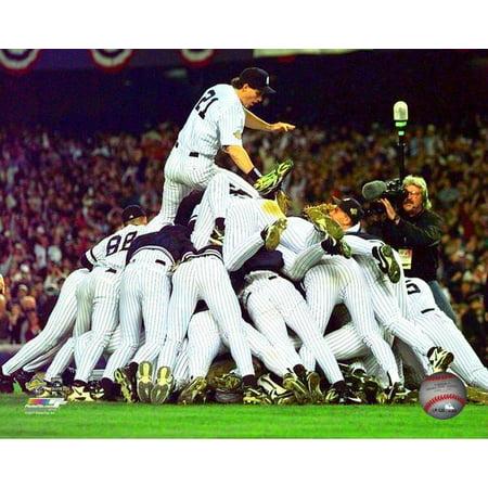 Paul ONeill Game 6 of the 1996 World Series Photo (1996 World Series Game 6 Box Score)