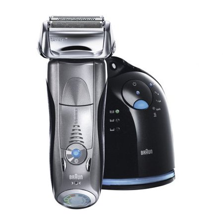 Braun Series 7 790cc-4 Electric Foil Shaver with Clean & Charge Station