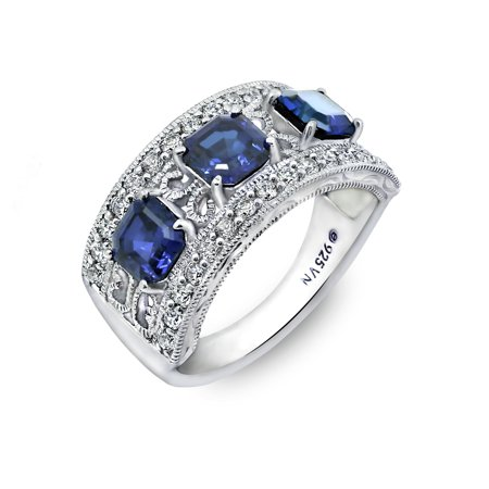 Gemour Platinum Plated Sterling Silver Asscher-cut 3-stone vintage style band ring with Swarovski Zirconia Accents