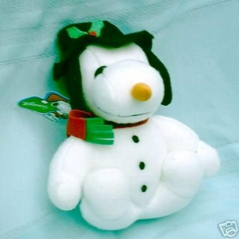 Peanuts Soft Doll PLUSH SNOOPY SNOWMAN with CARROT NOSE