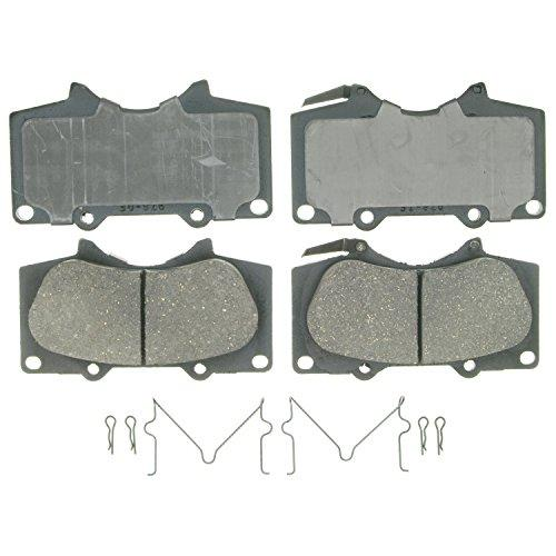 Front Wagner QuickStop ZD923 Ceramic Disc Pad Set Includes Pad Installation Hardware