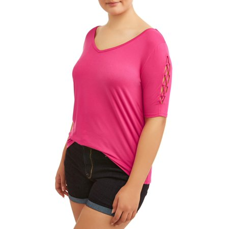 Eye Candy Juniors' Plus Size Quarter Sleeve V-Neck T-Shirt