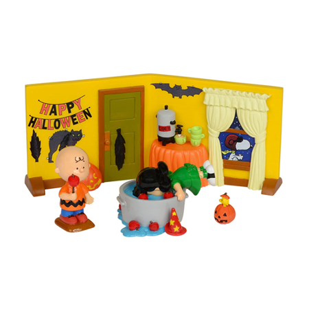Dept 56 Peanuts Snoopy 4032912 Peanuts Halloween Party Set/4 2014 - Peanuts Halloween Settings