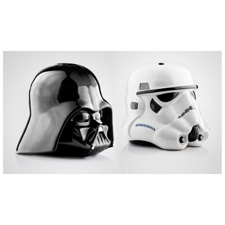star wars 2pc darth vader & stormtrooper salt & pepper (Darth Vader & Stormtrooper Salt & Pepper Shakers)