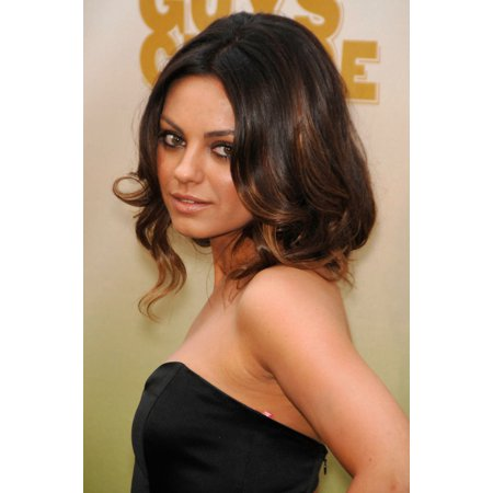 Mila Kunis At Arrivals For Spike Tvs Guys Choice Awards Canvas Art     16 X 20