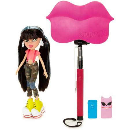 bratz selfie stick with doll jade. Black Bedroom Furniture Sets. Home Design Ideas