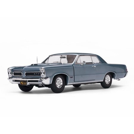1965 Pontiac GTO in Bluemist Slate in 1:18 Scale by Sunstar