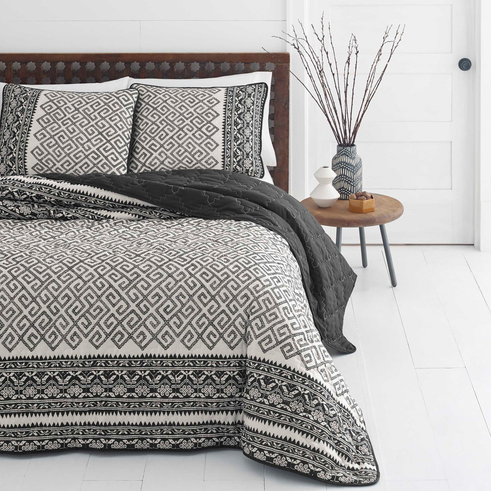 Azalea Skye Greca Borders Medium Beige Quilt Set, Full/Queen