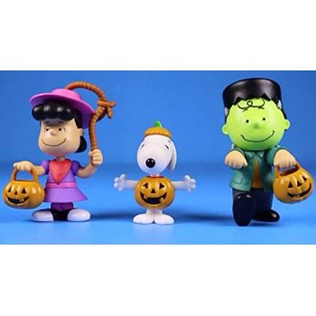 Peanuts Worldwide Lucy Snoopy and Charlie Brown Halloween Figures for Kids (Charlie Brown And Lucy Halloween)