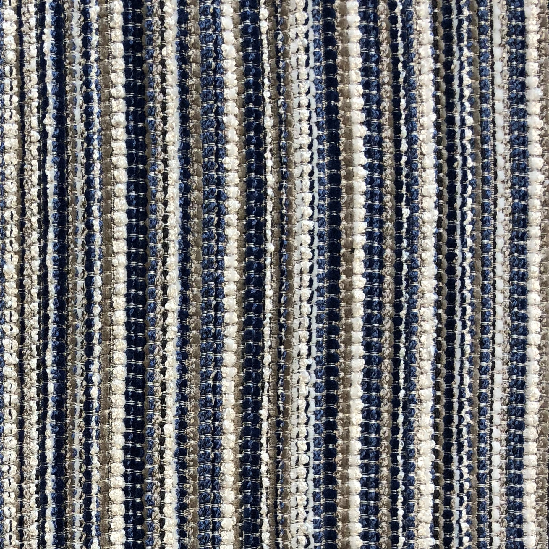 Plutus PBKR1933-2030-DP New Hampton Ivory & Blue Luxury Throw Pillow, 20 x 30 in. Queen - image 2 de 3