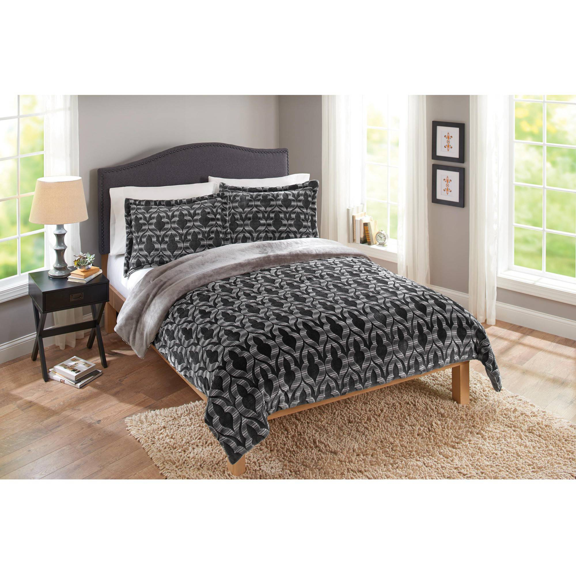 Merekesh Velvet Plush Print Bedding Comforter Mini Set by Sun Yin