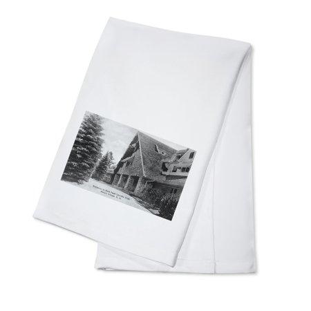 Linen Cotton Club - Melvin Village, New Hampshire - Entrance View to Bald Peak Country Club (100% Cotton Kitchen Towel)