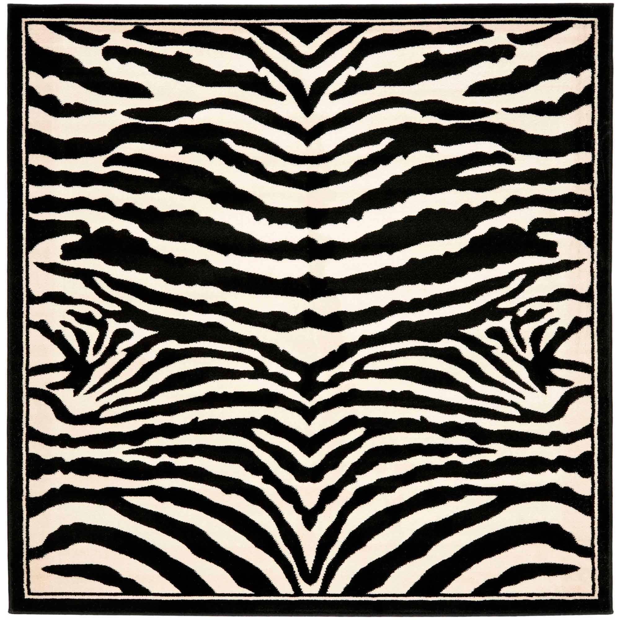 Safavieh Lyndhurst Andrea Polypropylene Area Rug, White/Black