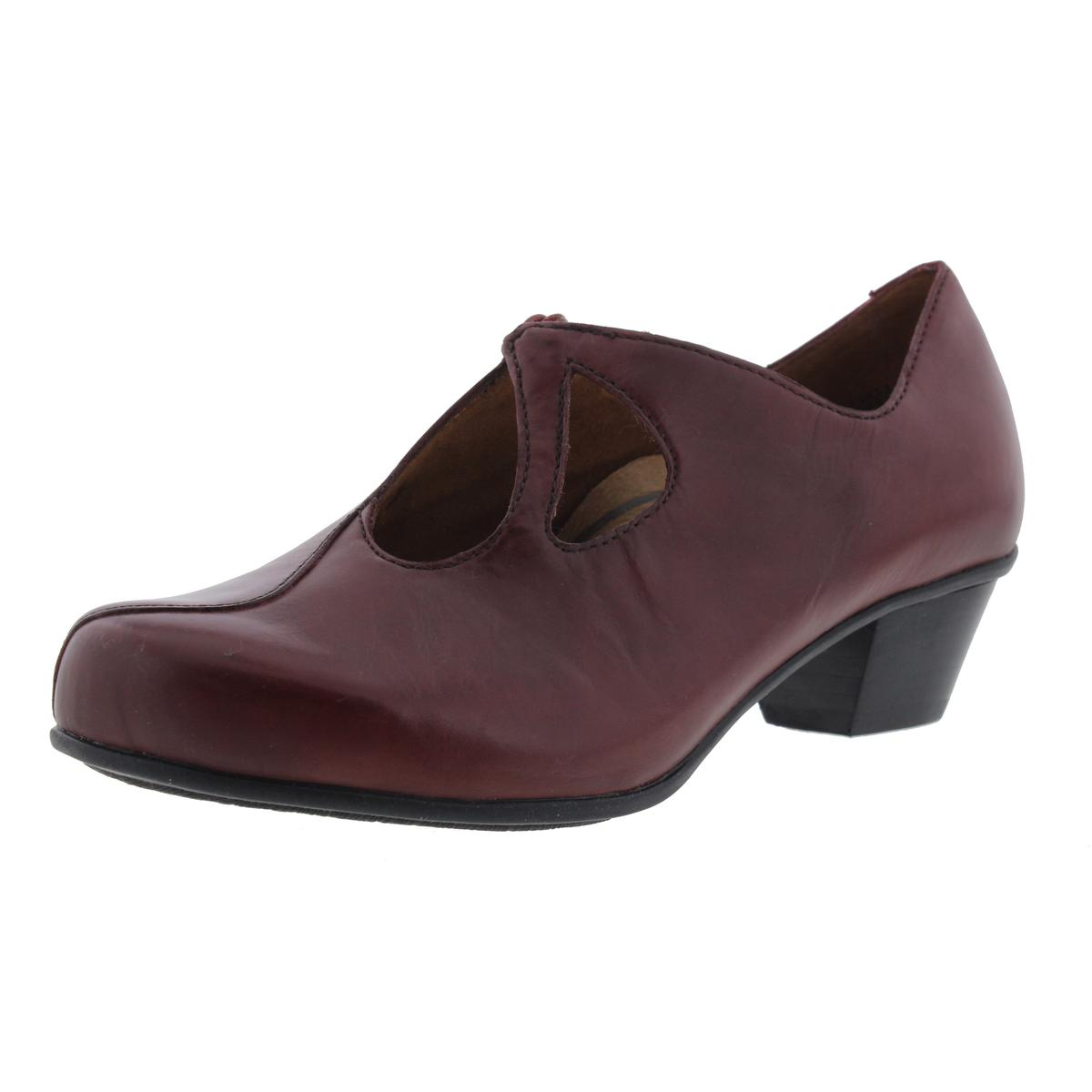 Aetrex Womens Leanne Cut-Out Leather Clogs by Aetrex