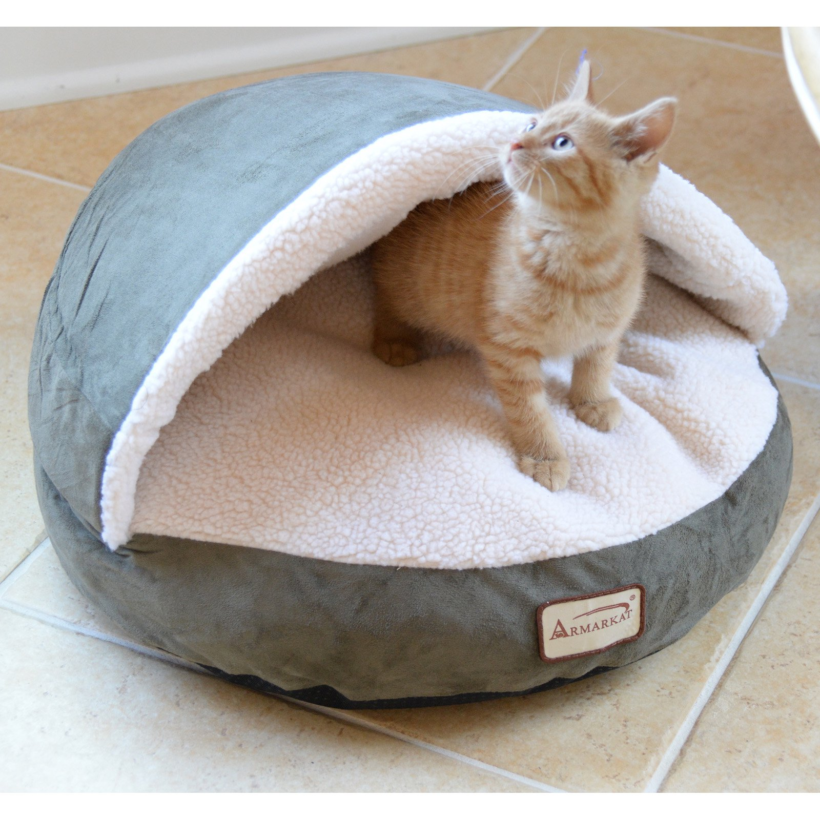 Armarkat Cat Bed, Laurel Green and Ivory, C31HML/MB