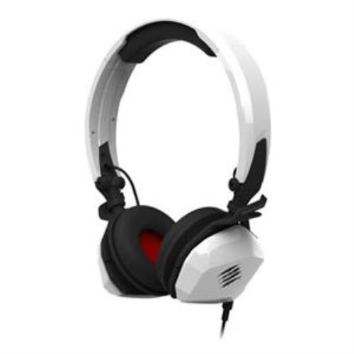 Madcatz Saitek Freqm Wired Headset White With Beautiful Design by