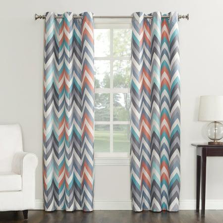 Sun Zero Largo Chevron Print Thermal Insulated Energy Efficient Curtain Panel