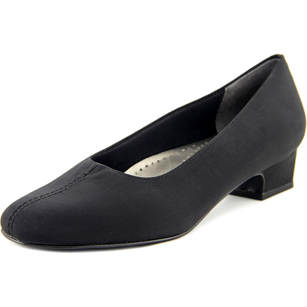 Trotters Doris Women N S Pointed Toe Synthetic Black Heels by Trotters