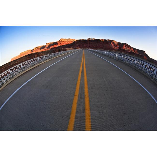 Posterazzi DPI1822774LARGE Road in The Grand Canyon Arizona USA Poster Print by Richard Wear, 34 x 22 - Large - image 1 de 1