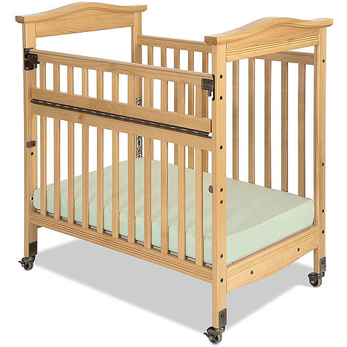 Child Craft Kingswood Professional Child Care SafeAccess Compact Fixed-Side Crib, Clearview Ends, Natural