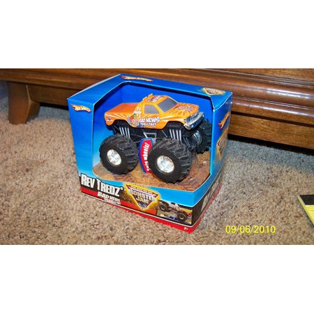 Bad New Travels Fast Rev Tredz 2008 Hotwheels Hot Wheels  Approx 1 43 Scale By Monster Jam