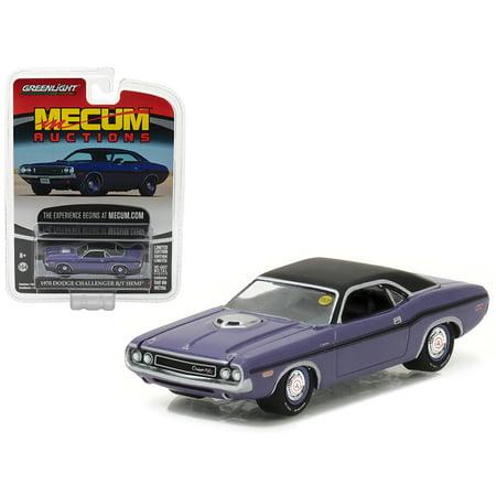 (1970 Dodge Challenger R/T HEMI Plum Crazy Purple Mecum Auctions Collector Series 1 1/64 Diecast Model Car by Greenlight)
