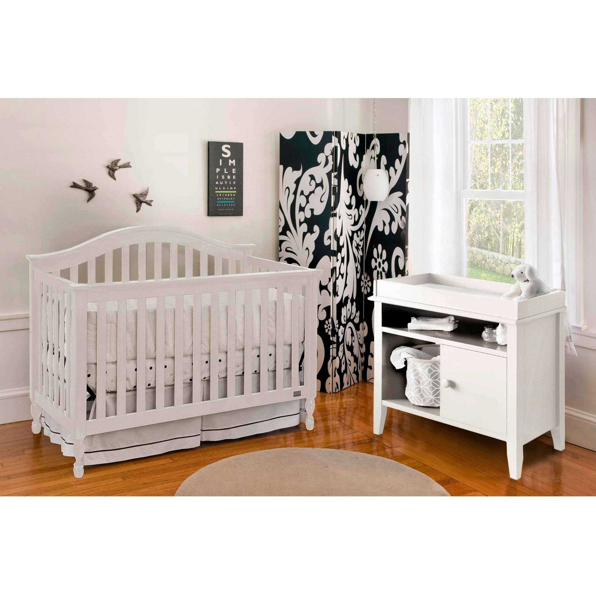 Lolly and Me Bailey 4-in-1 Fixed Side Convertible Crib, White