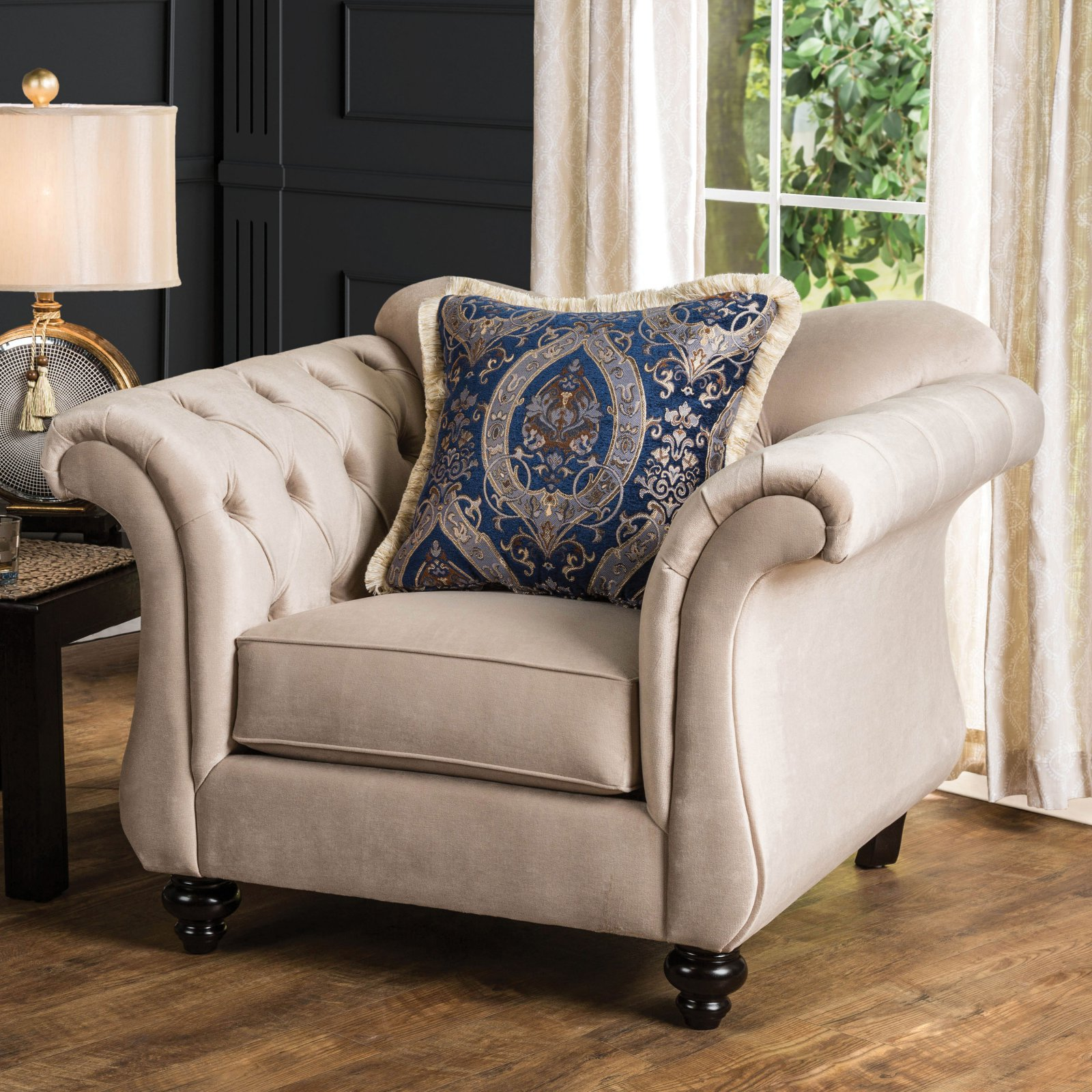 Furniture of America Octavius Chesterfield Club Chair with Pillows
