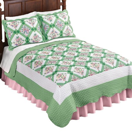 Green and Pink Diamond Flower Patchwork Woven Quilt with Scalloped Edges - Spring Decor for Bedroom Flower Bedding Collection