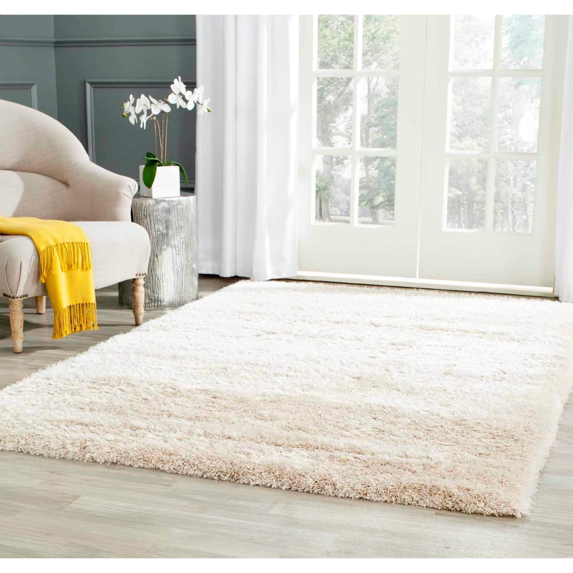 Safavieh Charlotte Solid Plush Shag Area Rug by Safavieh
