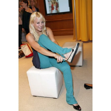 Kaley Cuoco Inside For Day 3 - Lucky Club Gift Lounge For The 2007-2008 Tv Network Upfronts The Ritz Carlton Hotel New York Ny May 16 2007 Photo By B MedinaEverett Collection Celebrity](Kaley Cuoco Halloween)