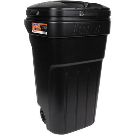 Hefty 32 Gallon Wheeled Outdoor Trash Can Black
