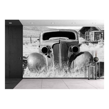 wall26 - Old Abandoned Car in Black and White Has Seen Better Days - Removable Wall Mural   Self-Adhesive Large Wallpaper - 66x96 (The Best Wallpaper Ever Seen)