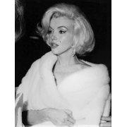 Marilyn Monroe wearing a fur stole Photo Print